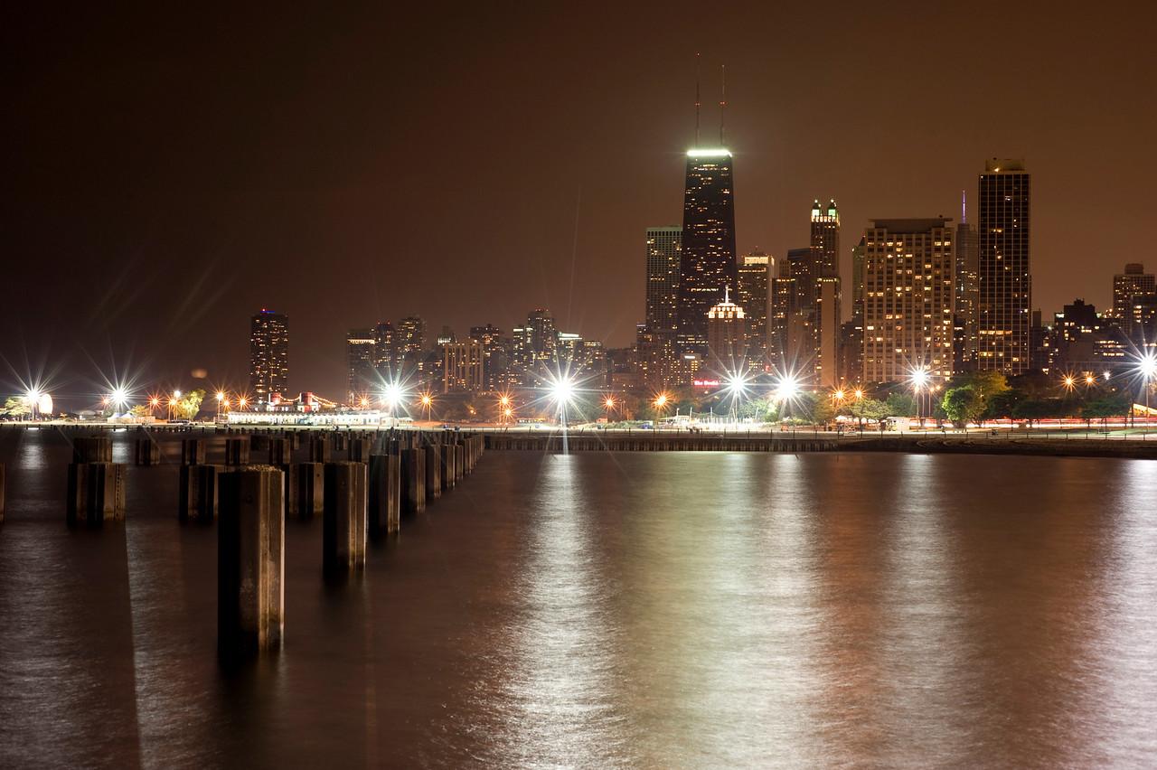 Night Skyline: Chicago