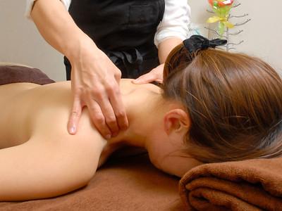 Service for a body therapy salon