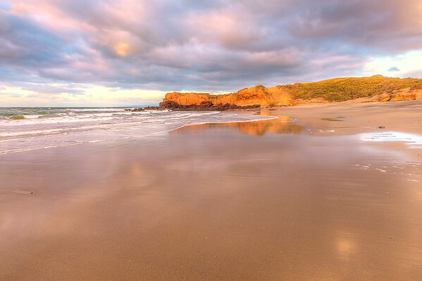(1637) Red Rock Beach, Victoria, Australia