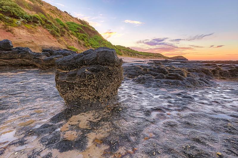 (2582) Smiths Beach, Victoria, Australia