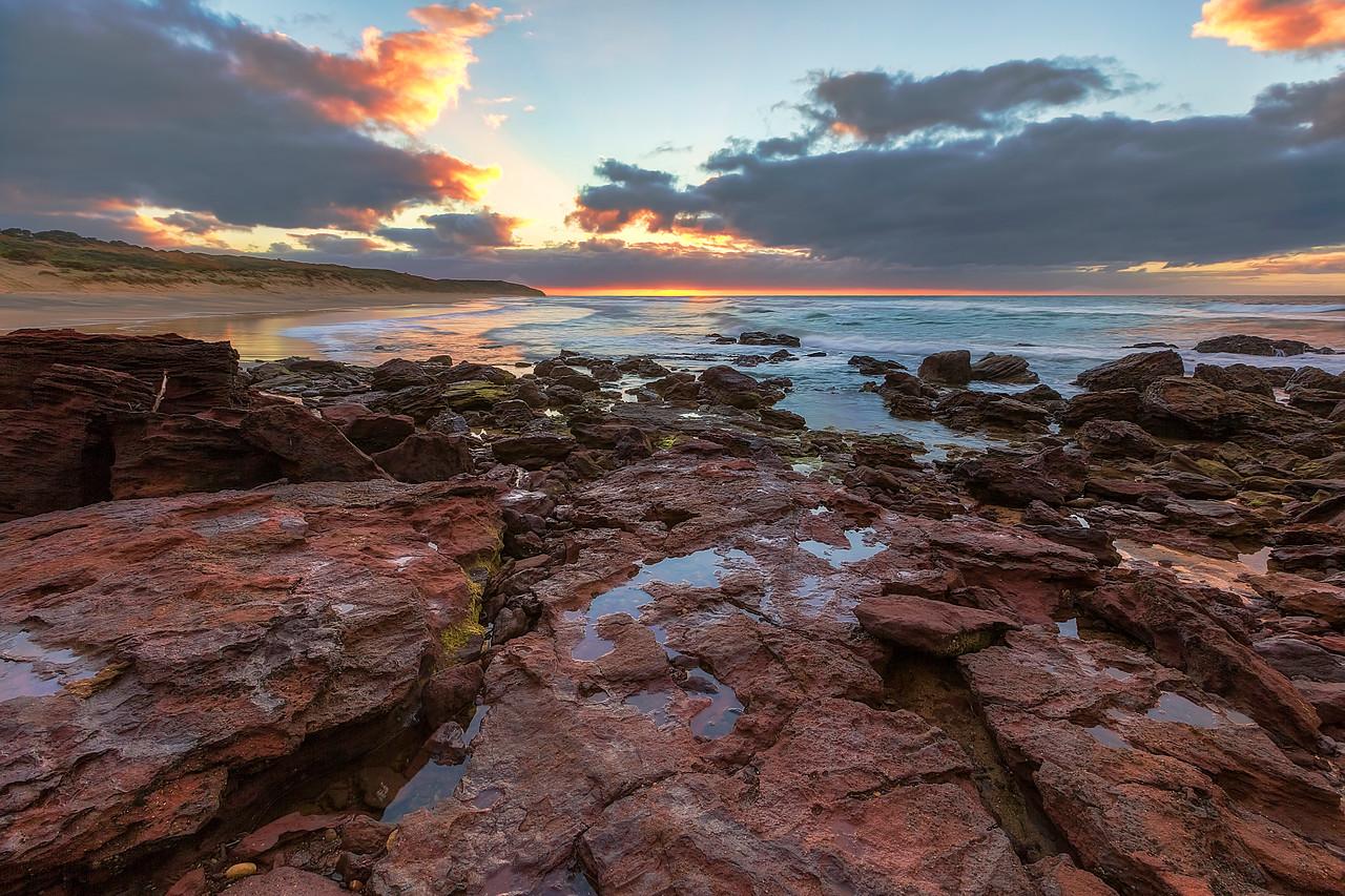 (2379) Red Rocks Beach, Victoria, Australia