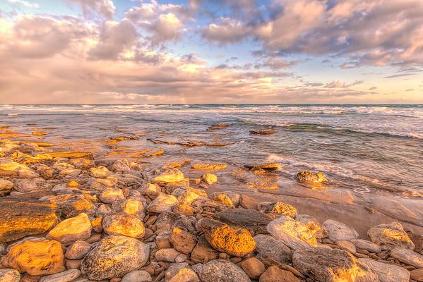 (1749) Thirteenth Beach, Victoria, Australia