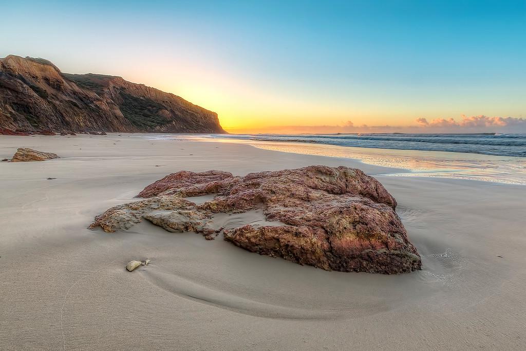 (2126) Addiscot Beach, Victoria, Australia