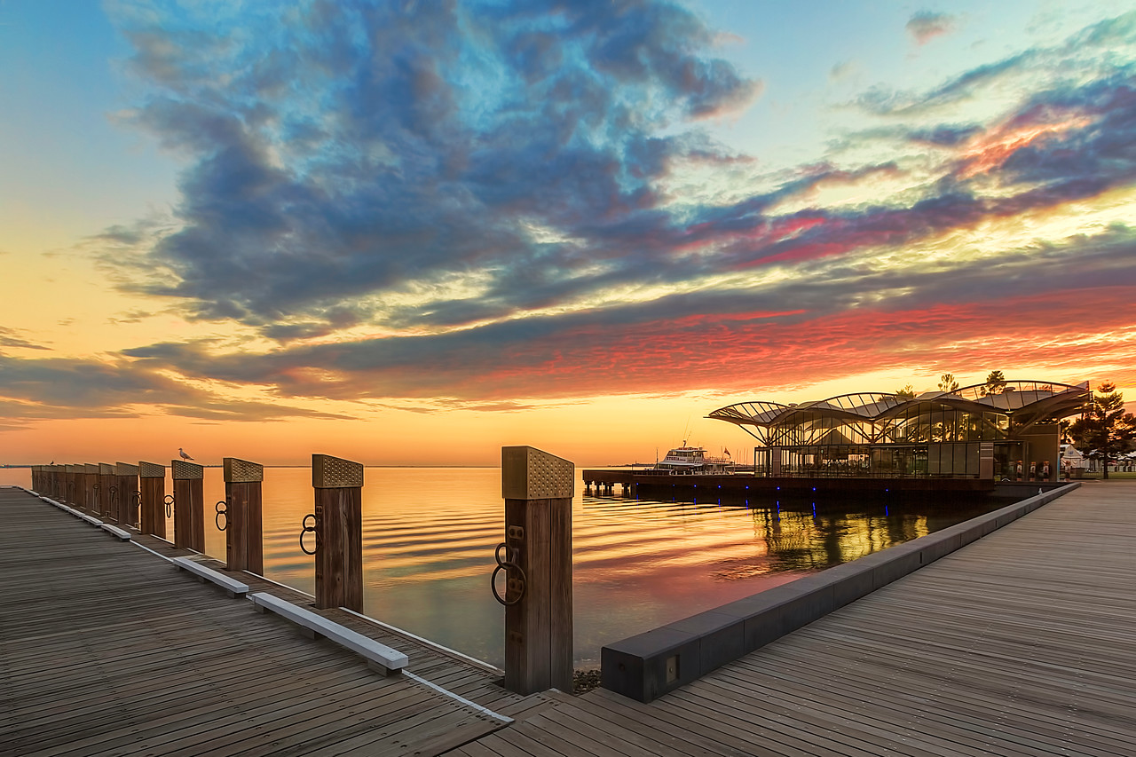 (2321) Geelong, Victoria, Australia