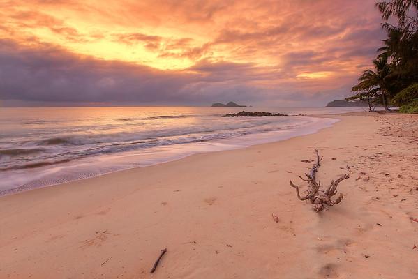 (1630) Ellis Beach, Queensland, Australia