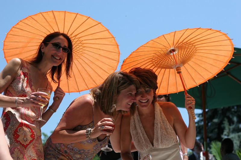 20050710_marjorie parasols IMG_0583_45868