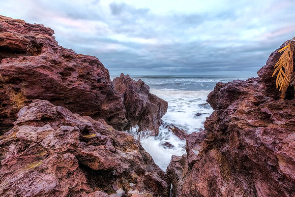 (2469) Red Rocks Beach, Victoria, Australia