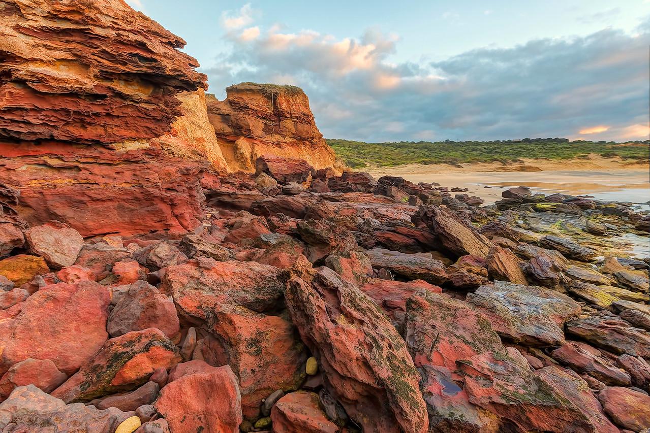 (2305) Red Rocks Beach, Victoria, Australia