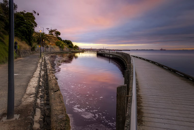 (Image#3399) Rippleside, Victoria, Australia