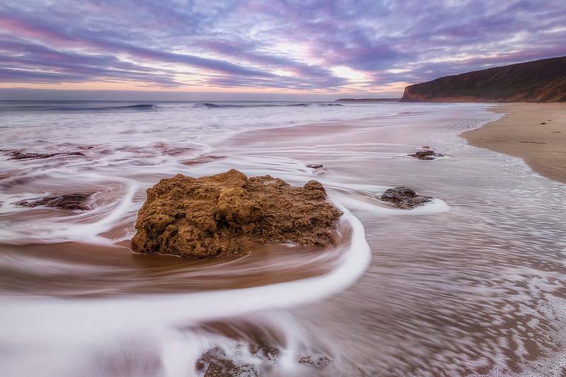 (2532) Southside Beach, Victoria, Australia