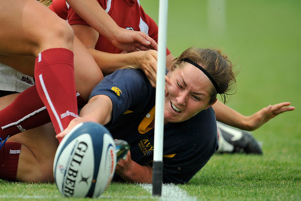 02 May 2008:  Navy's Dianna Zempel scores a try during Stanford's 40-20 victory over Navy in the NCAA Division I Women's Rugby National Semi-Final match at Stueber Rugby Stadium in Stanford, CA.