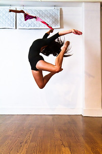 Molly Lynch Modern Dancer at StudioAnya.com