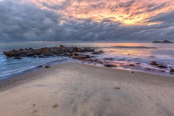 (1892) Ellis Beach, Queensland, Australia