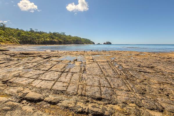(1611) Pirates Bay, Tasmania, Australia