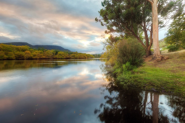 (2563) New Norfolk, Tasmania, Australia