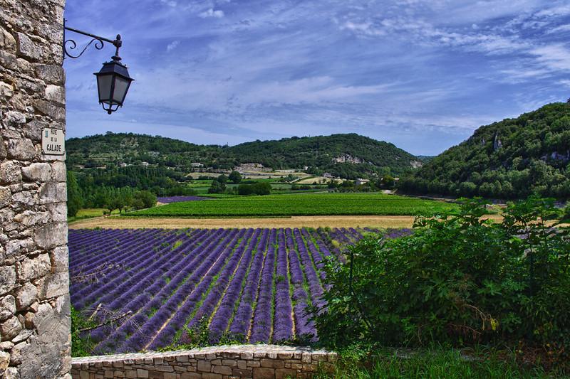 Face avant de Montclus - Gard (France)