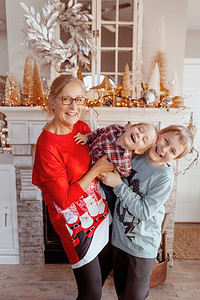 Holiday photos with grandma