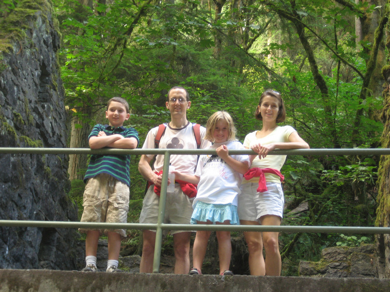 Family hike, stone house, Balch Creek trail, Forest Park