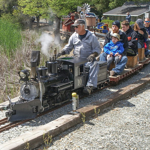 Portola Valley & Alpine Railroad Hosts Dartmouth Day 04/26/14