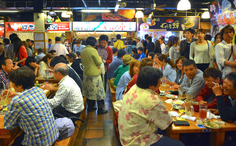 Food court, Kochi shopping center, Obiyamachi