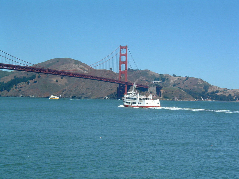 Day 3 - a6) Ferry, bay and GG Bridge