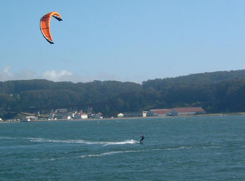 Day 1 - b4) Kite surfer in SF Bay