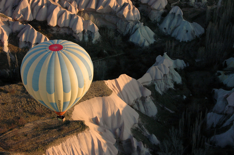 Kapadokya Balloons' daily dawn flight. Near Goreme, Turkey.