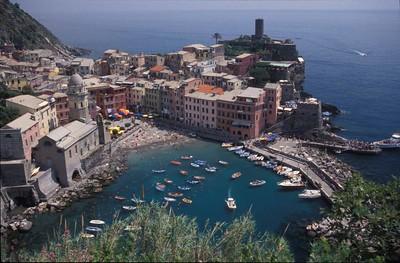 Vernazza, Cinque Terre, Italy.