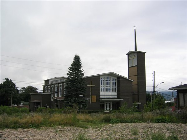 St-Thomas Aquinas Church in Campbellton (Fall/Winter of 08)