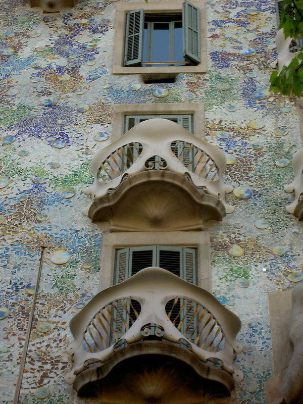 Gaudí building