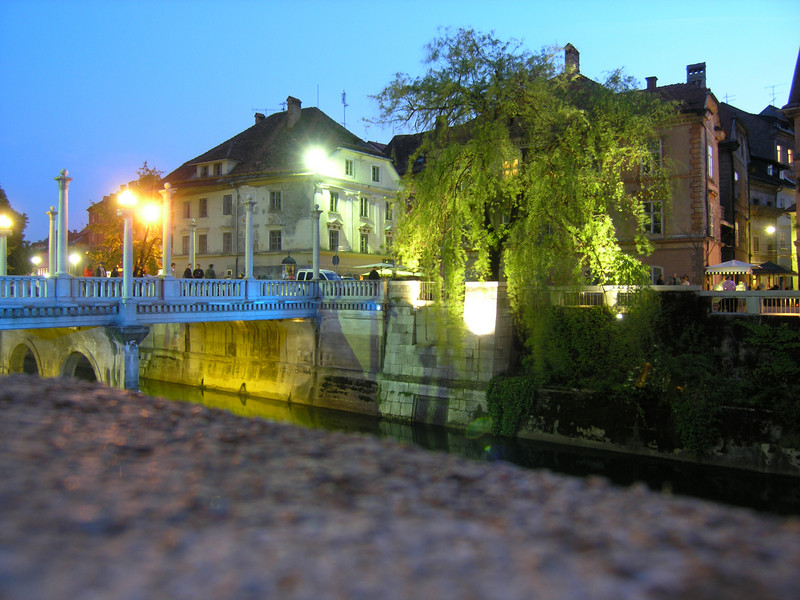 Night shot along the river