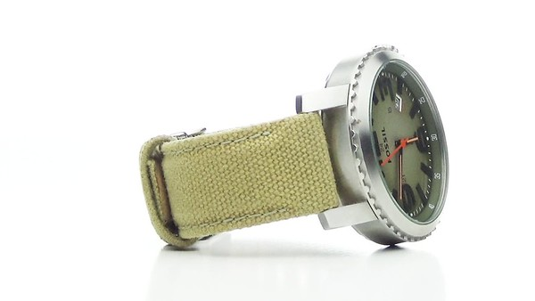 Compass watch 360 degree rotating video