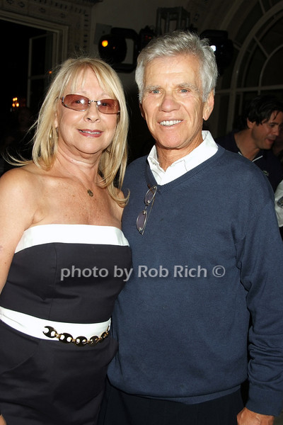 Sandy Bratter, Gordon Bratter<br /> photo by Rob Rich © 2008 516-676-3939 robwayne1@aol.com