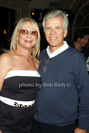 Sandy Bratter, Gordon Bratter photo by Rob Rich © 2008 516-676-3939 robwayne1@aol.com