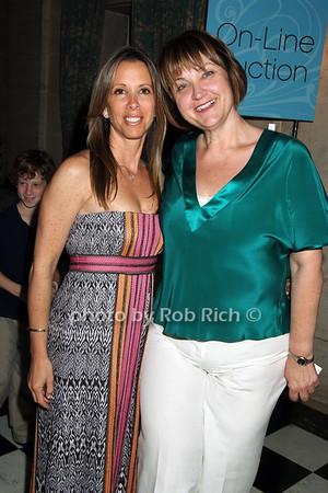 Lauren Egna, Debbe Magnusen photo by Rob Rich © 2008 516-676-3939 robwayne1@aol.com