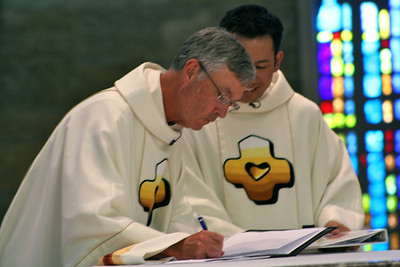 Fr. Cassidy commits himself to leadership as provincial superior.