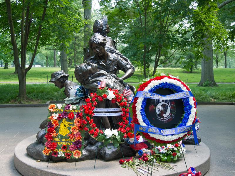 Women's memorial near the VIetnam memorial wall