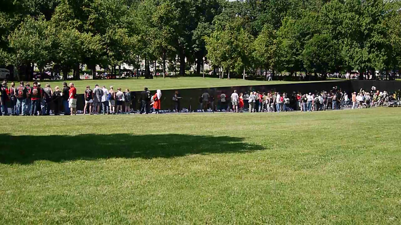 MOVIE: Rolling Thunder rounding the mall, behind the Vietnam memorial