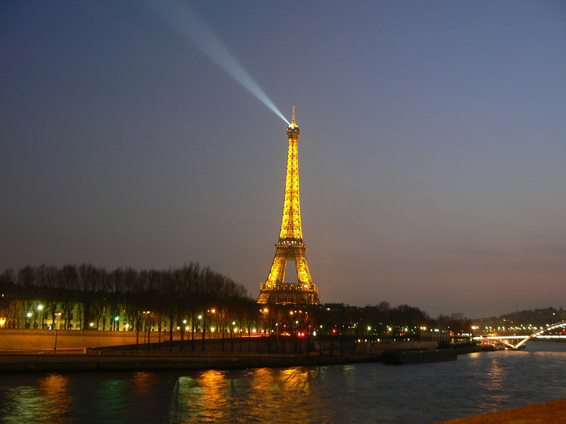Paris: Tour Eiffel, late twilight, shortly after the lights are turned on.