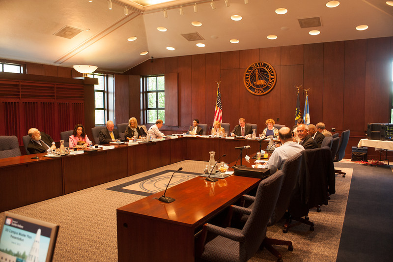 Indiana Commission of Higher Education meeting in State Room
