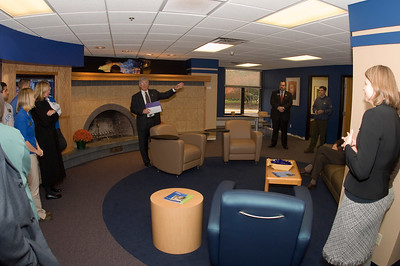 2006_welcome_center_opening_0001