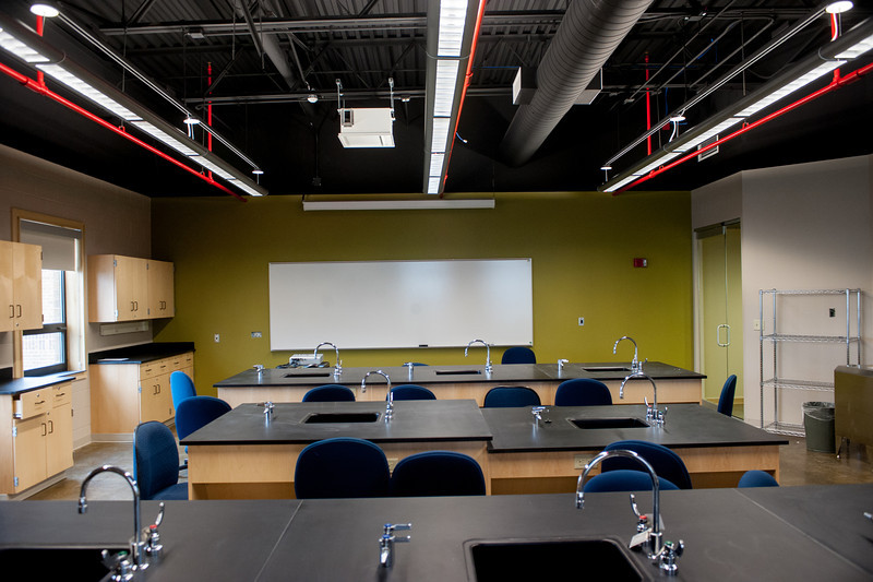 Build classrooms and atrium in the Myers College of Technology