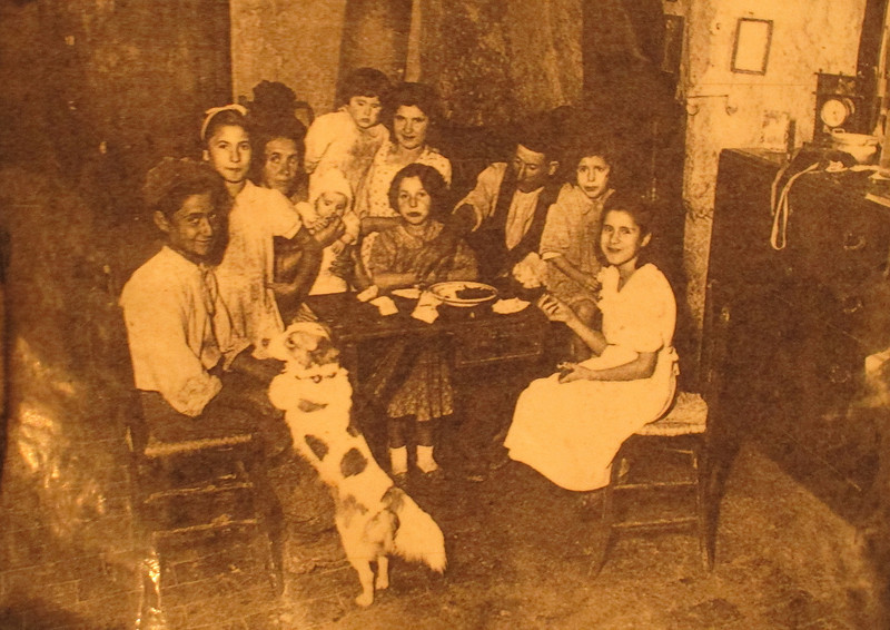 A family of 10 (plus dog) who were typical of the residents of the cave houses.