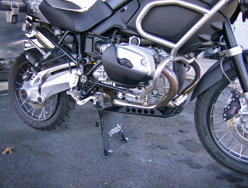 R1200GSA engine and centerstand skidplate in satin black powdercoat finish