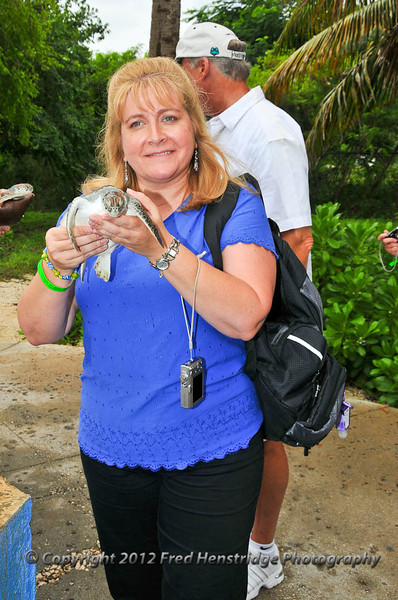 Lisa with the turtle