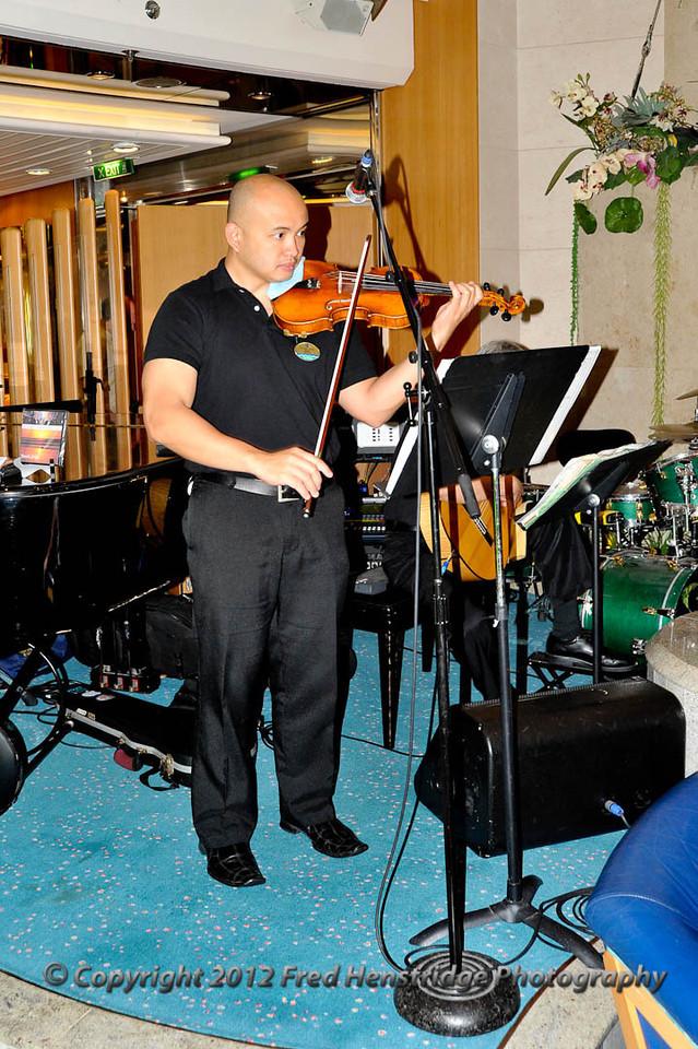 Rossario Strings
