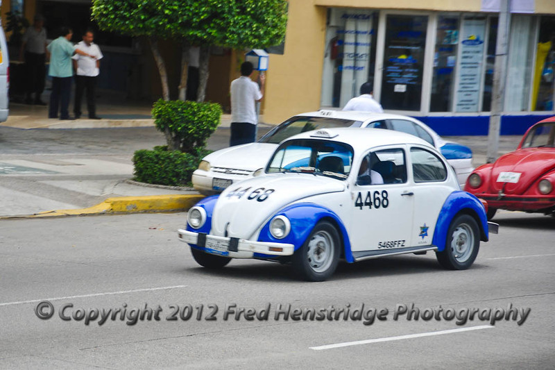 7000 taxis in Acapulco, 6900 are VW bugs