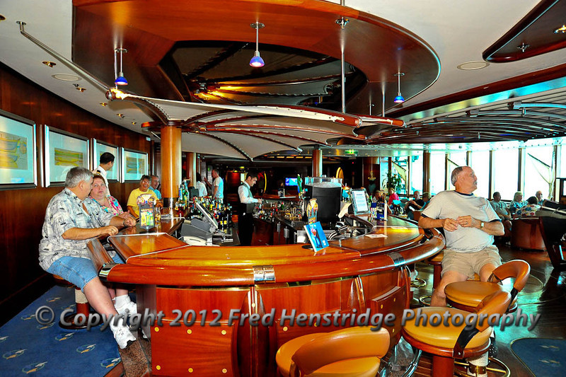 The Schooner Bar, Deck 6