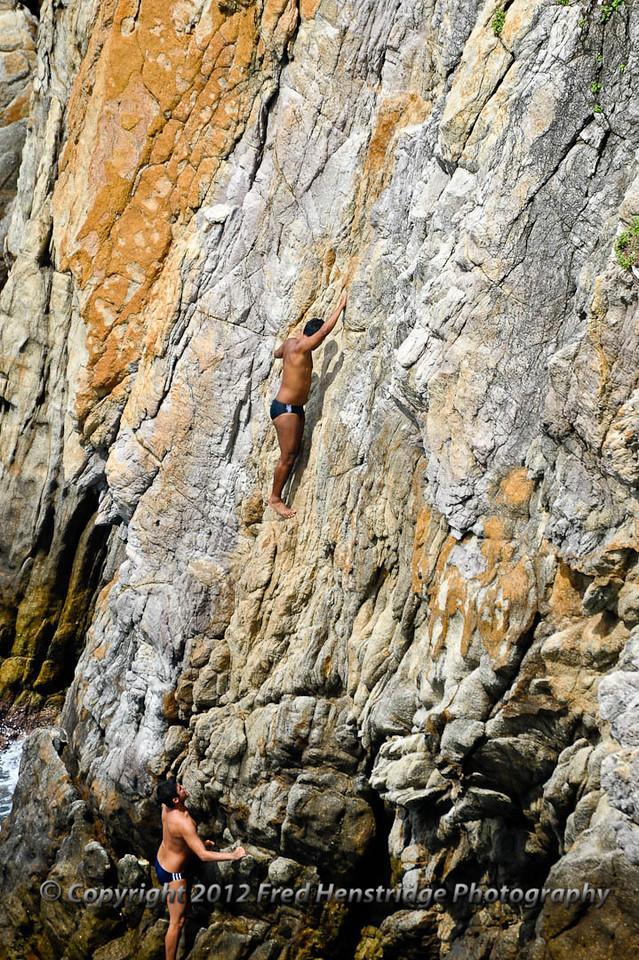 Climbig the cliff