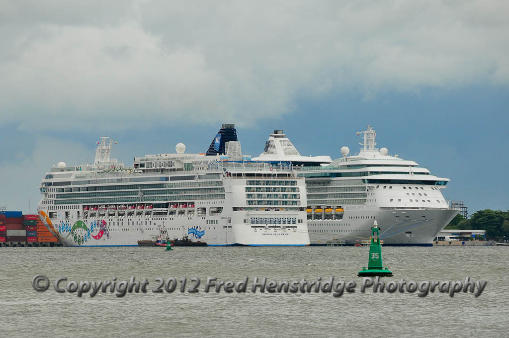 Radiance of the Seas and Norwegian Pearl at Cartagena harbor